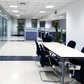 LED pour éclairer efficacement tous les espaces professionnels